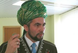 Раев отобрал у челябинских мусульман просветительскую литературу