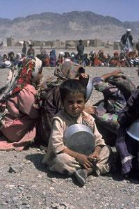 Миллиарды долларов помощи Афганистану потрачены на другие цели