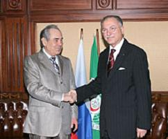 Президент Татарстана Минтимер Шаймиев и председатель ОИК Экмеледдин Ихсаноглу