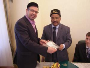 Посол Саудовской Аравии вручил ректору РИУ средства на поддержку и развитие исламского образования