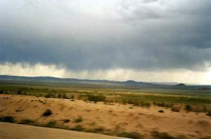 В Саудовской Аравии проходит пятая серия экспериментов с искусственным дождем