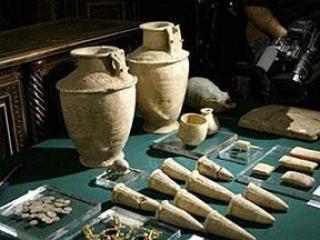 Италия вернула Ираку древние артефакты