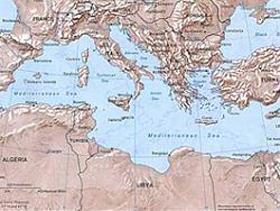Каддафи: Союз для Средиземноморья вновь поставит арабские страны под власть европейцев
