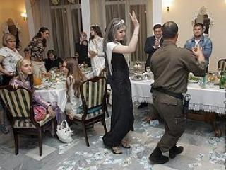 Подарки и корпоративы Рамзана Кадырова вошли в летопись российского гламура