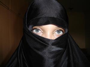 Мусульманка оказалась слишком богобоязненной для Франции