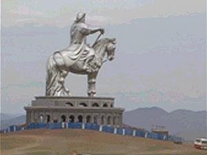 В Монголии открыт памятник Чингисхану