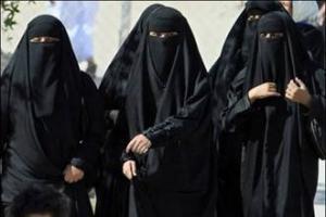 Сотрудника полиции нравов Саудовской Аравии обвиняют в шестиженстве