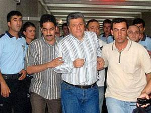 Арест редактора ежедневной газеты Cumhuriyet Мустафы Балбая