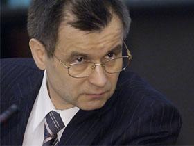 Глава МВД призывает ввести уголовное преследование за пропаганду экстремизма в интернете