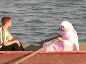 На пляжах Грозного мужчины и женщины будут отдыхать отдельно