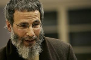 Юсуф Ислам принимает извинения от журналистов