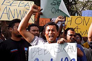 Анвар Ибрагим: обвинение в сексуальных домогательствах – это «вендетта»