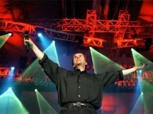 В Иране опровергли слухи о готовящемся концерте Криса де Бурга в стране