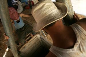 В обрушившемся туннеле на границе Газы и Египта погибли люди