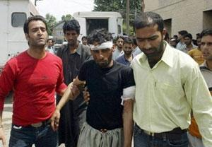 Индийская полиция расстреляла мирный митинг мусульман