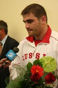 Российский боксер совершит намаз перед выступлением на Олимпиаде