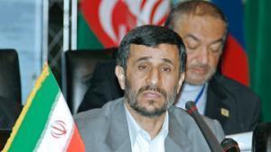 Ахмадинежад: Иран выведет на орбиту Земли свой спутник