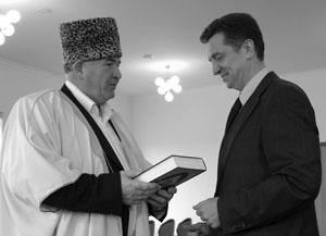Муфтий Исмаил Бердиев обратился к губернатору Валерию Гаевскому с просьбой о строительстве мечети в Ставрополе
