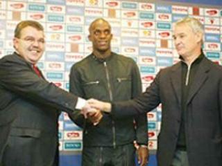 Мохамед Сиссоко с тренером Клаудио Раньери (справа)