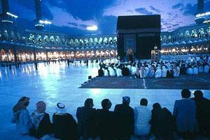 Камеры в Запретной мечети мешают верующим сосредоточиться на молитве
