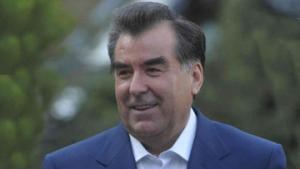 """Президент Таджикистана в преддверии """"массовых митингов и акций гражданского неповиновения"""""""