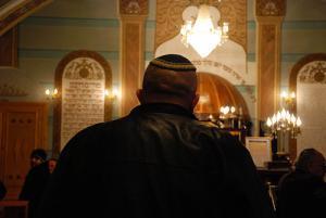 Еврейские общины России считают приговор бандитам-скинхедам слишком мягким