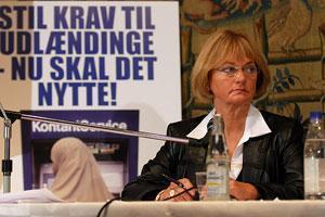 """Лидер датских националистов автору карикатур на пророка: """"Я каждый день молюсь за Ваше благополучие"""""""