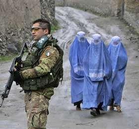 СБ ООН продлил срок пребывания международного контингента в Афганистане