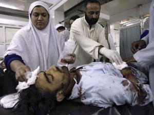 НАТО продолжает бомбить Пакистан