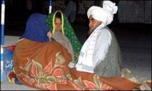 Землетрясение в Пакистане: из-под завалов извлечено 80 тел погибших