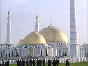 В Туркмении  Ид аль-Фитр отмечают позже всех