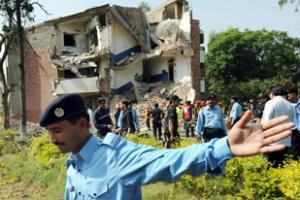 Взрыв в столице Пакистана во время заседания по безопасности