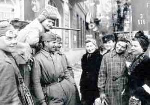"""В Германии могут усилиться антирусские настроения после фильма """"Женщина в Берлине"""""""