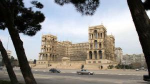 В Азербайджане завершилась агитационная кампания по выборам президента