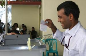 Нашид стал первым демократически избранным президентом Мальдивской республики