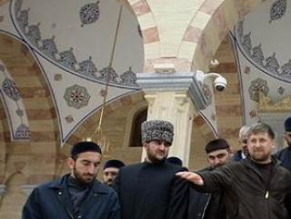 «Сердце Чечни» украсили кристаллами Swarovski