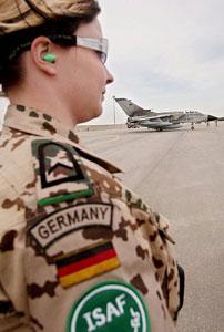 Германский политик требует вернуть войска из Афганистана