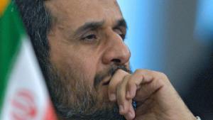 Западу не удастся справиться с финансовым кризисом – Ахмадинежад