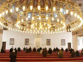Молитвенный зал на 1200 человек