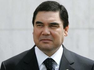 """Президент Туркменистана получил """"черный пояс"""" по каратэ"""