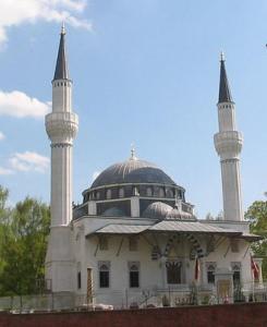 Сенатор: «Берлину требуется больше мечетей!»