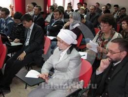Участники мусульманского форума хотят, чтобы ими управляло министерство