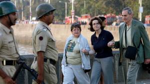 В захваченной гостинице в Мумбаи могут находиться до 200 заложников