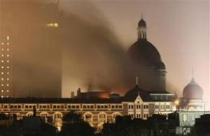 """Горящий отель """"Тадж"""" в Мумбаи"""