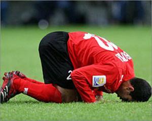 Египетский футболист открыл для жителей Конго ислам
