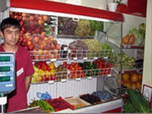 В результате нападения скинхедов скончался работник универсама «Апельсин»