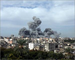 Сионисты разбомбили мечеть и телестанцию в Газе