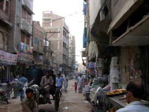 В Пакистане обрушился жилой дом