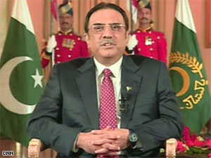 Зардари: Пакистан не причастен к взрывам в Мумбаи