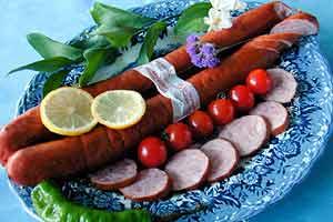 Праздник и колбаса